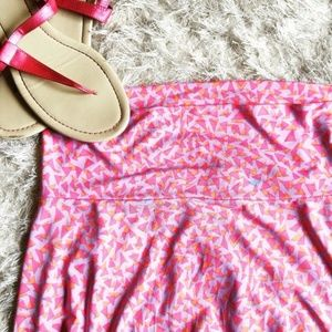 🆕 LuLaRoe pink patterned Azure skirt, XS 🌸